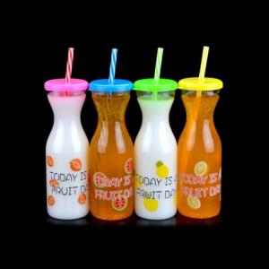 """Perfect Home Party """"tejes üveg"""" alakú pohár szívószállal 12999"""